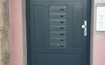 Drzwi i bramy-8